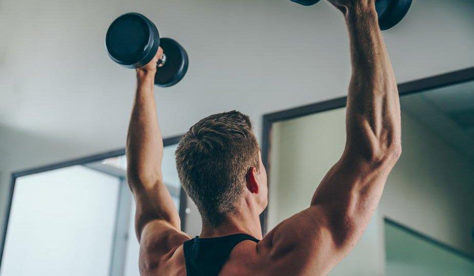 allenare le spalle